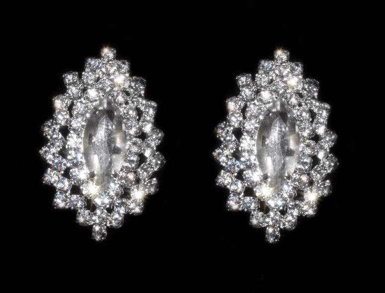 boucles d 39 oreilles clips classique strass bijoux feminin. Black Bedroom Furniture Sets. Home Design Ideas